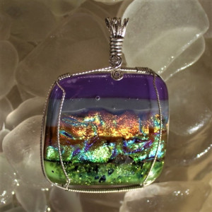 Red Dichroic Glass